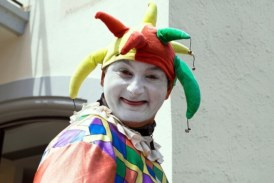 A Guy Knew He Was Getting Fired … So He Brought an Emotional Support Clown to the Meeting